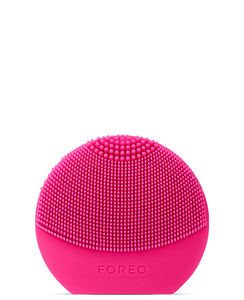 Foreo Luna Play Plus Facial Brush Fuchsia
