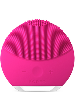 Foreo Luna Mini 2 Facial Brush Fuchsia
