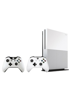 Xbox One S 1Tb With 2 Controllers  Fifa19 Game