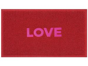 Doormat love plastic